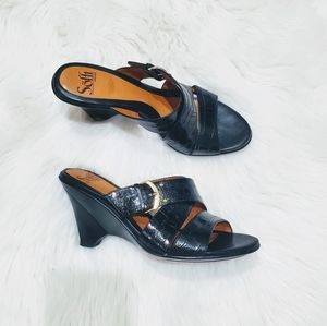 Sofft black leather slip on sandals